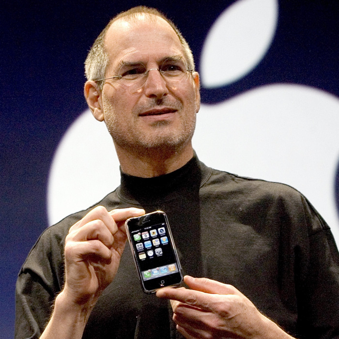 Why Cant Steve Jobs Make Iphone At >> Steve Jobs The Exclusive Biography Tbk Consult
